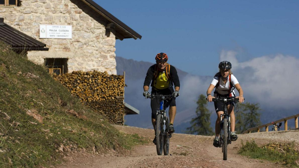 DOLOMITI BRENTA BIKE EXPERT DI GRUPPO <br /><b>TOUR  ALL INCLUSIVE </b>